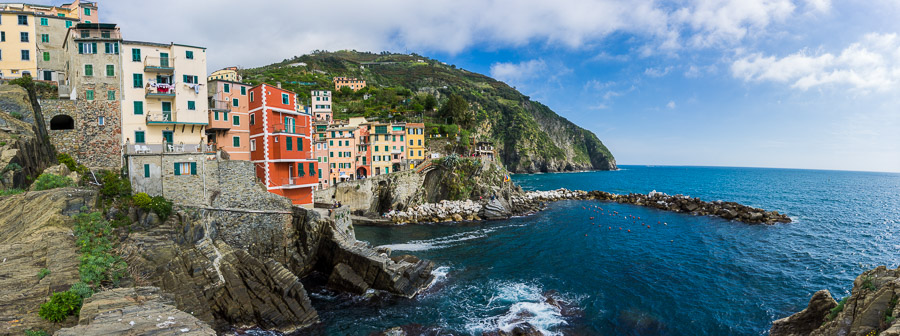 The colors of Riomaggiore, Italy photo: Jake Wysocki, Every Day a New Adventure